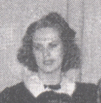 Vampira Maila's 1940 Class Photo Close-Up